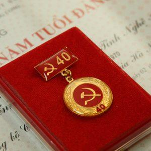 Huân chương 40 năm tuổi đảng
