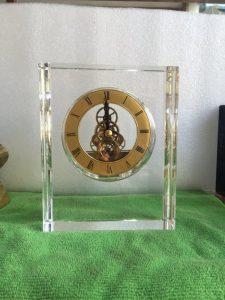 Biểu trưng Pha lê gắn đồng hồ - BTPLĐH 022