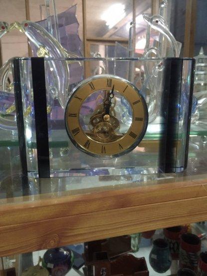 Biểu trưng Pha lê gắn đồng hồ - BTPLĐH 07