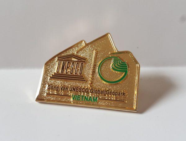 Huy hiệu Cao Nguyên Đá Đồng Văn