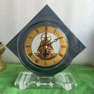 Biểu trưng Pha lê gắn đồng hồ - BTPLĐH 021